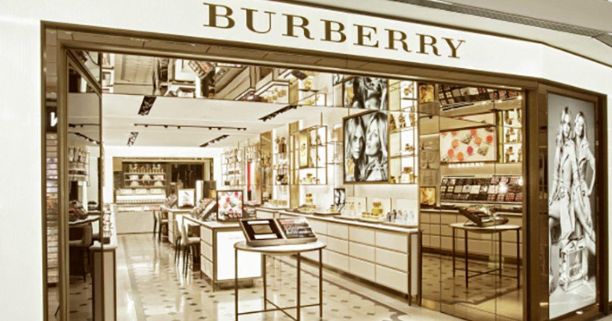 burberry.png?resize=300,169 - Marca de luxo queima R$ 141 milhões em produtos para evitar promoções