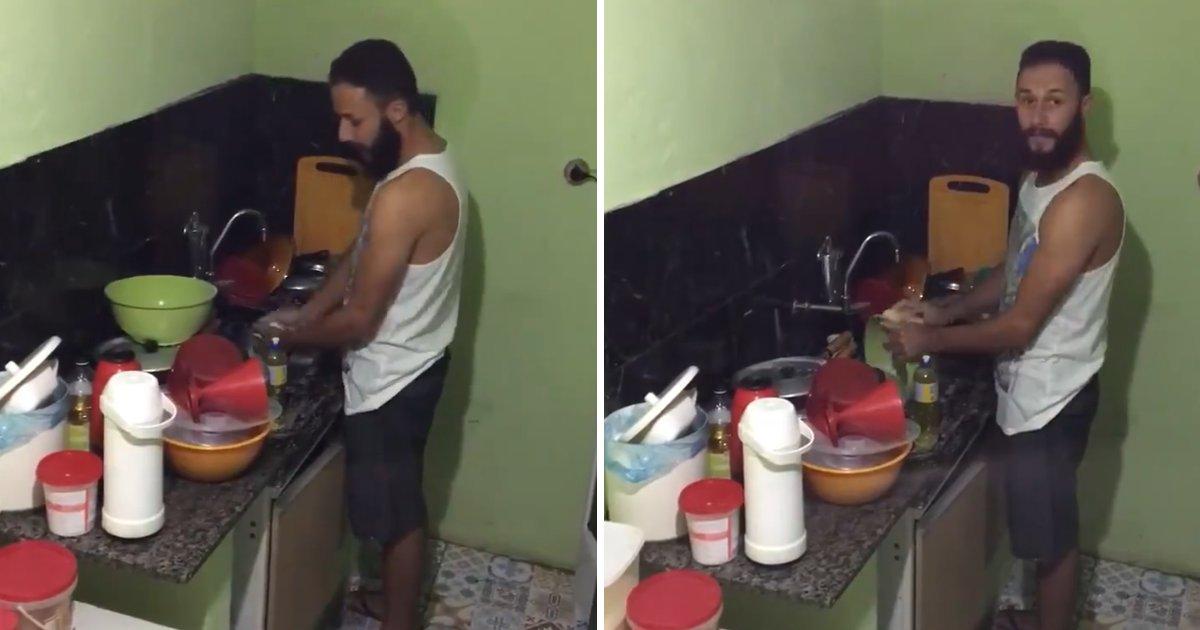 capa4.png?resize=1200,630 - Mulher manda o marido lavar louça e o flagra cantando uma música sobre sua difícil vida de escravo