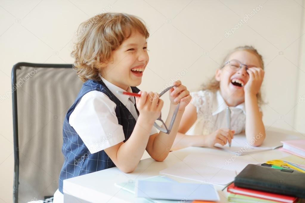 小学生 座る에 대한 이미지 검색결과