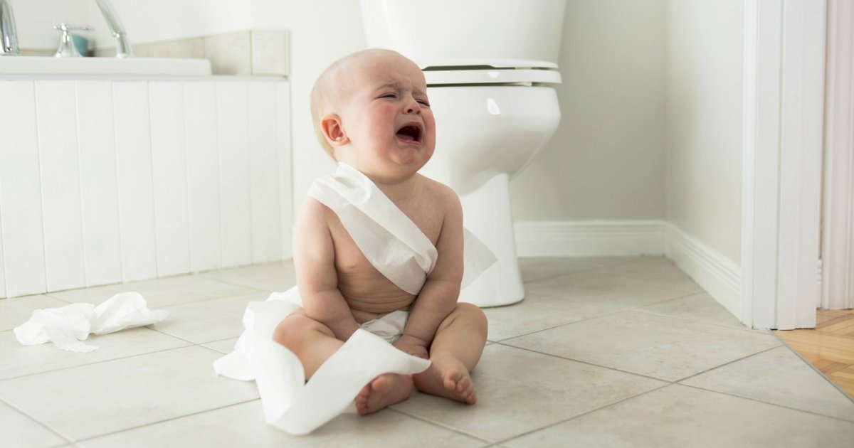 constipacao.png?resize=1200,630 - Água de ameixa acaba com prisão de ventre do bebê