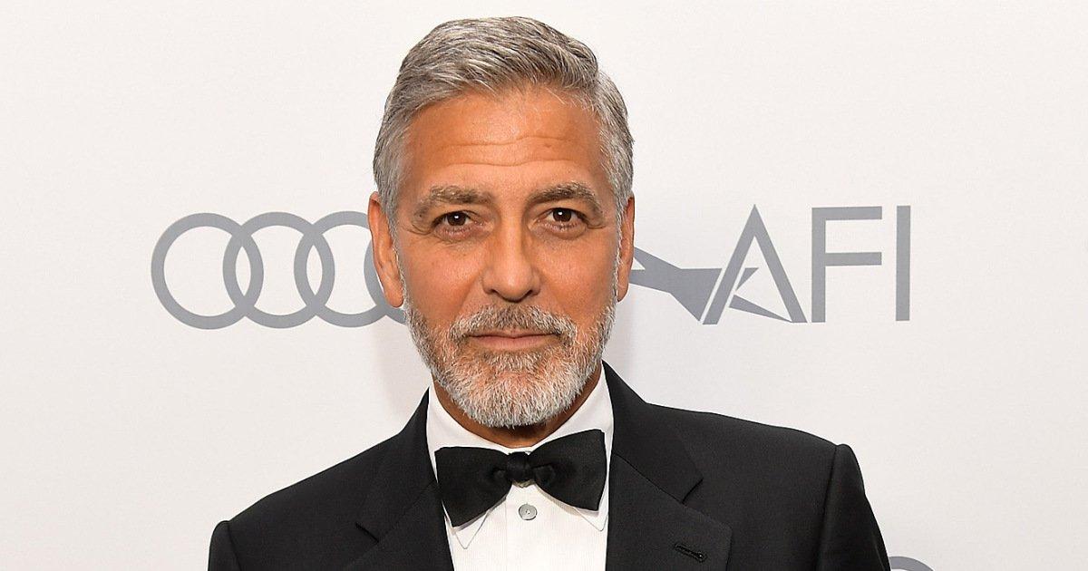 george clooney 6 2000.jpg?resize=1200,630 - George Clooney é hospitalizado após acidente de moto na Itália
