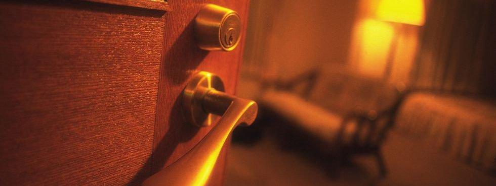 img 5b43ee2d31ab0.png?resize=412,232 - 除了先敲房門,傳說中的6個旅遊住宿禁忌是....