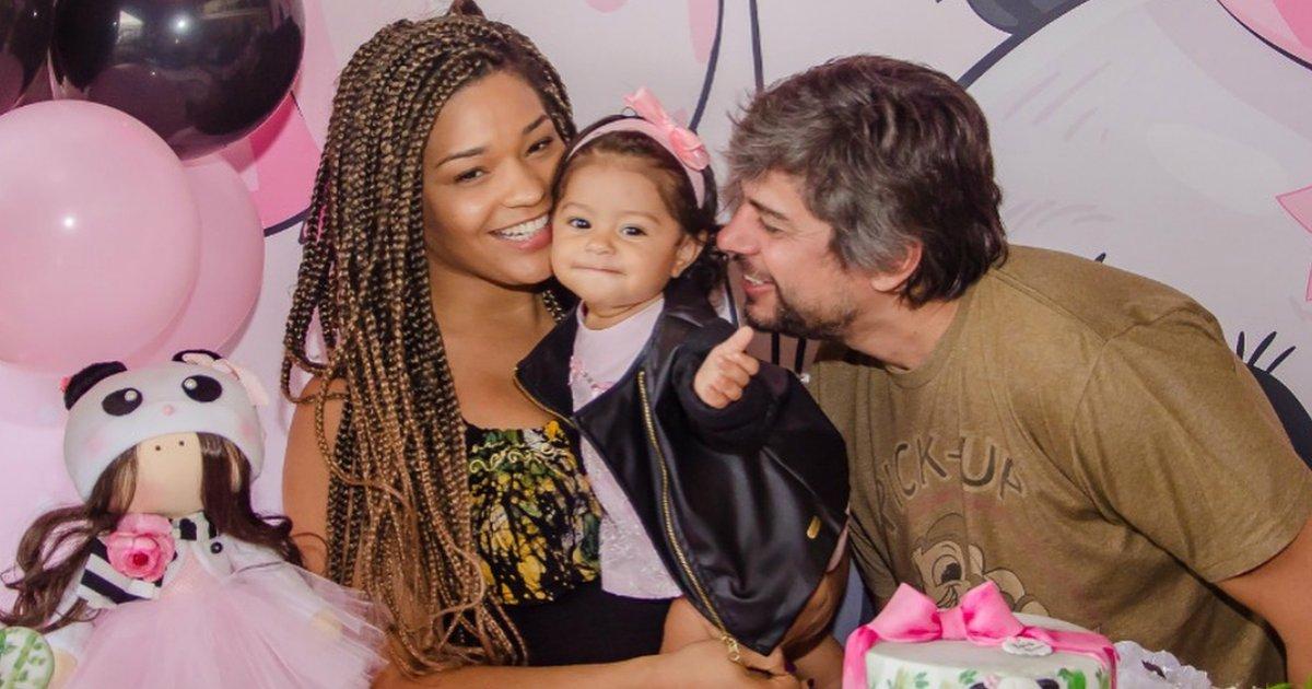 julianaalves.png?resize=1200,630 - Juliana Alves reúne amigos para comemorar 10 meses da filha