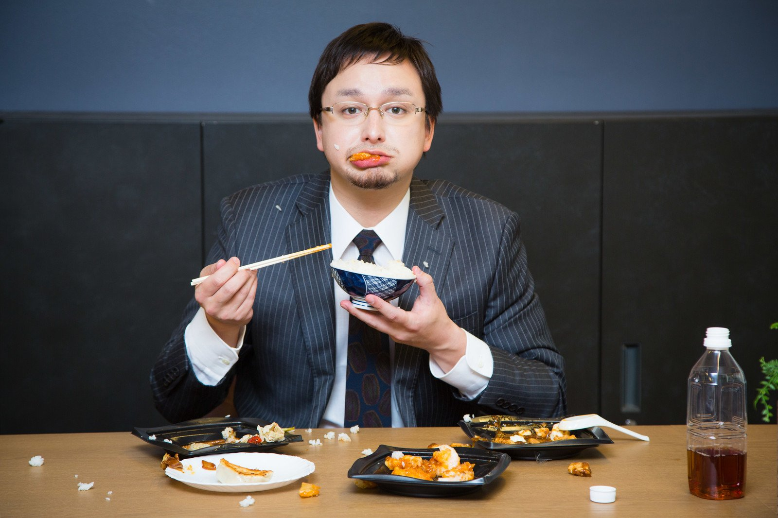 「食べ方が汚い」の画像検索結果