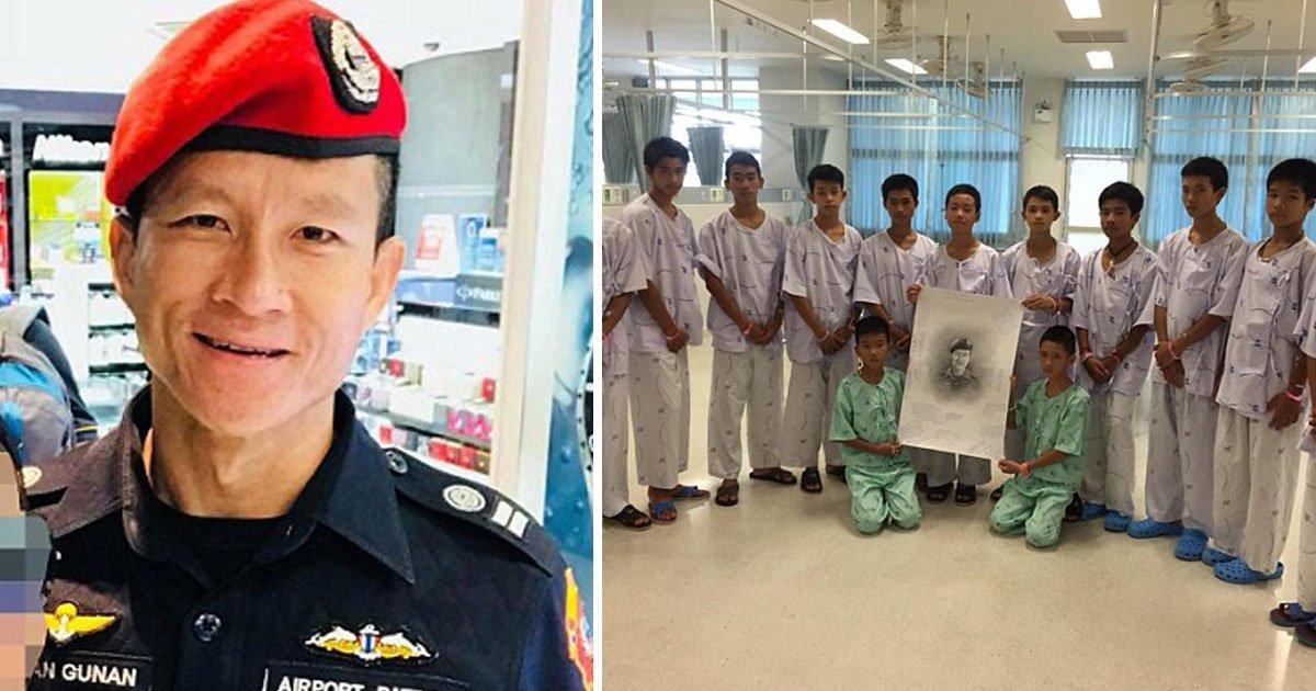 thai cave boys.jpg?resize=1200,630 - Garotos tailandeses resgatados prestam condolências à Oficial Seal da Marinha que perdeu sua vida salvando-os