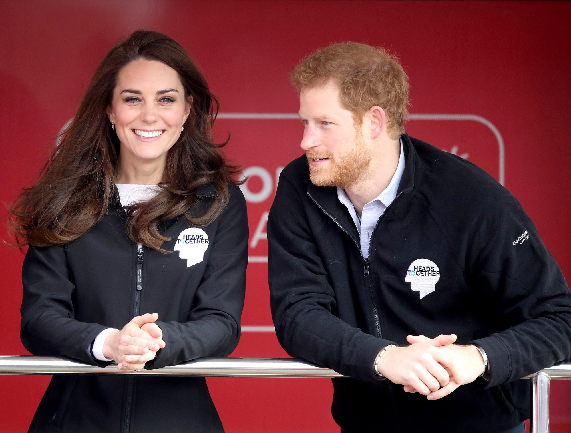 """thumbnail 200a29f843c1b09b0b1e1c32de0f4432.jpeg?resize=1200,630 - Príncipe Harry supostamente pediu o """"Selo de Aprovação"""" de Kate Middleton antes de pedir Meghan Markle em casamento"""
