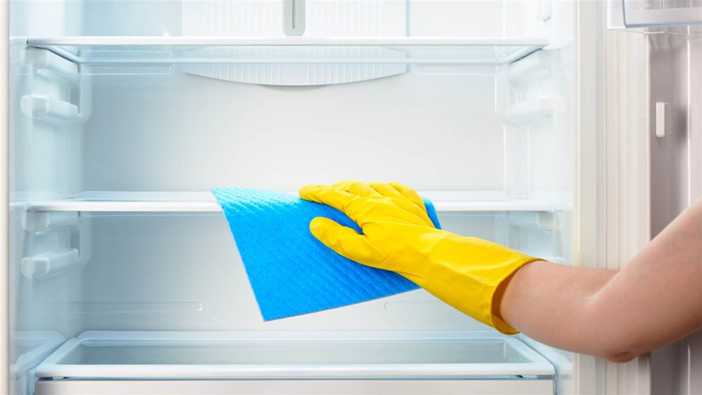 cleaning-fridge-today-tease-1-160114_cd17100056604e4ad349068b6624e3d9-today-inline-large2x