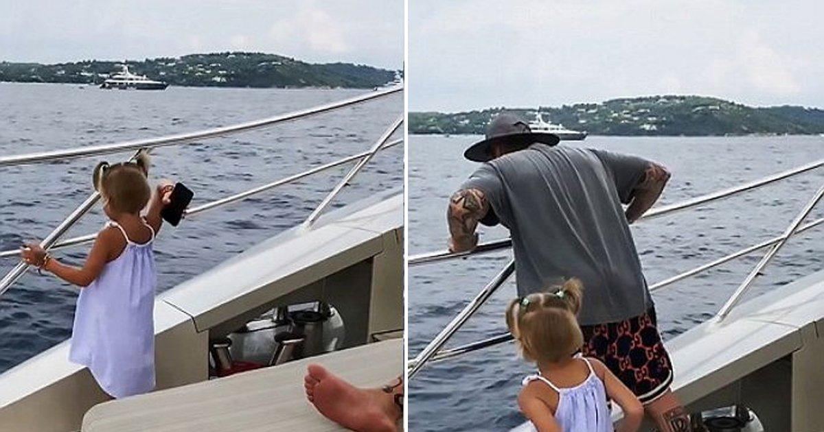 0816 thumb 4 1.jpg?resize=1200,630 - Une fillette de 4 ans a jeté le téléphone portable de son père dans l'océan parce qu'il ne jouait pas avec elle