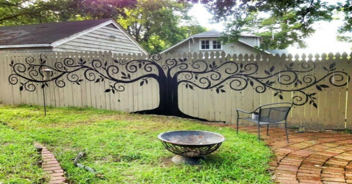 1 243.jpg?resize=1200,630 - 20 unusual ways to make your garden fence as eye-catching as possible