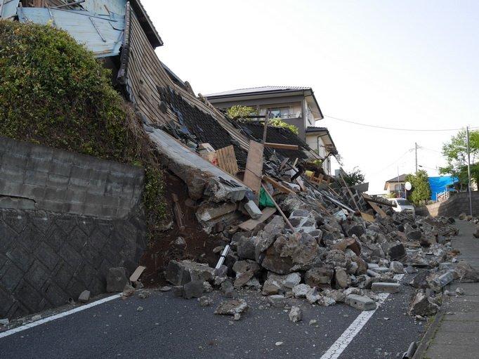 「熊本地震 」の画像検索結果