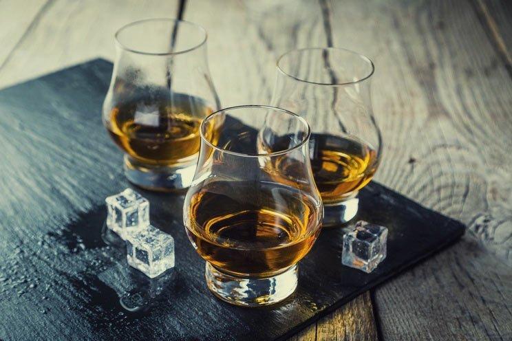 Alcohol-in-glasses.jpg