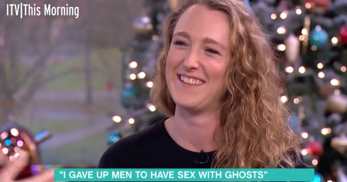 a 1.png?resize=636,358 - Woman Claims She Is Going To Start Family With A 'GHOST' She Met In Australia