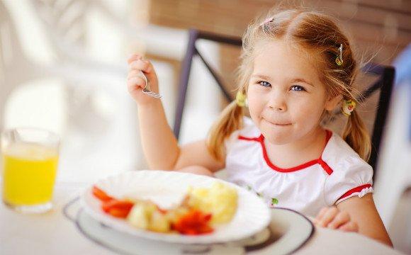 朝食を食べる子供에 대한 이미지 검색결과