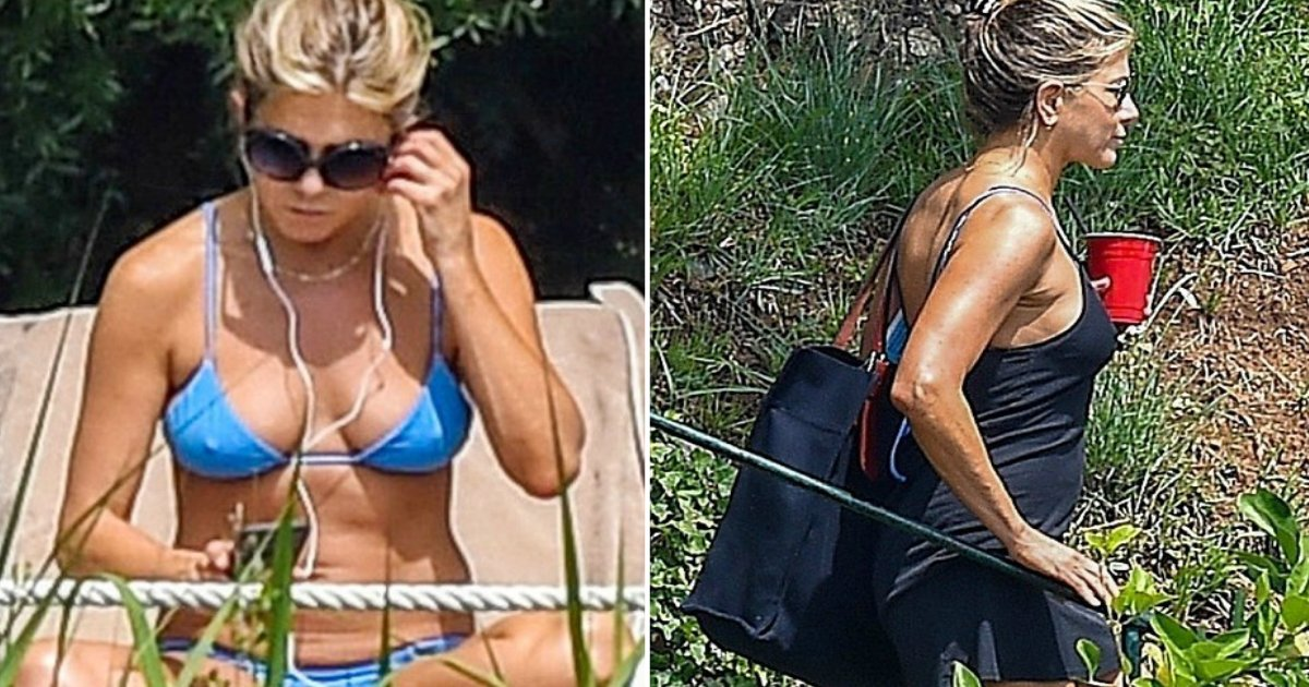 anniston figure.jpg?resize=412,232 - Jennifer Aniston Shows Off Toned Figure In Blue Bikini While Relaxing By The Poolside