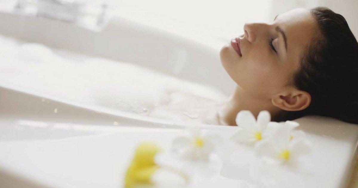 bath2.png?resize=300,169 - Banho quente queima calorias sem qualquer esforço, afirma estudo
