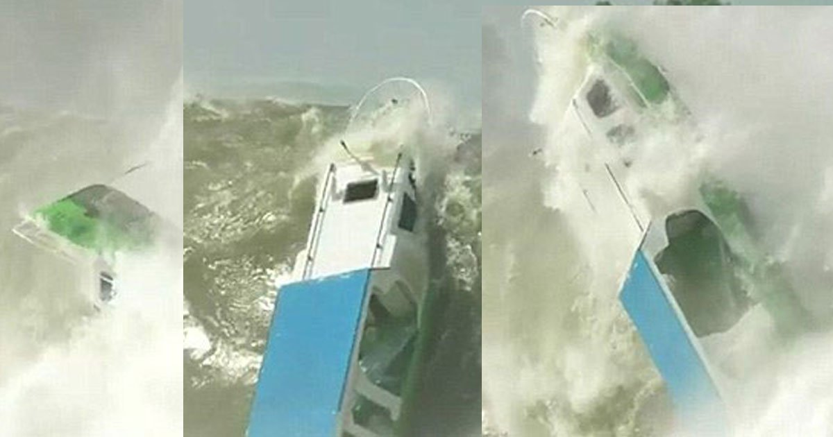 boat floating scary footage indonesia 33.jpg?resize=1200,630 - A Tiny Boat Was Completely Crushed By A Huge Wave