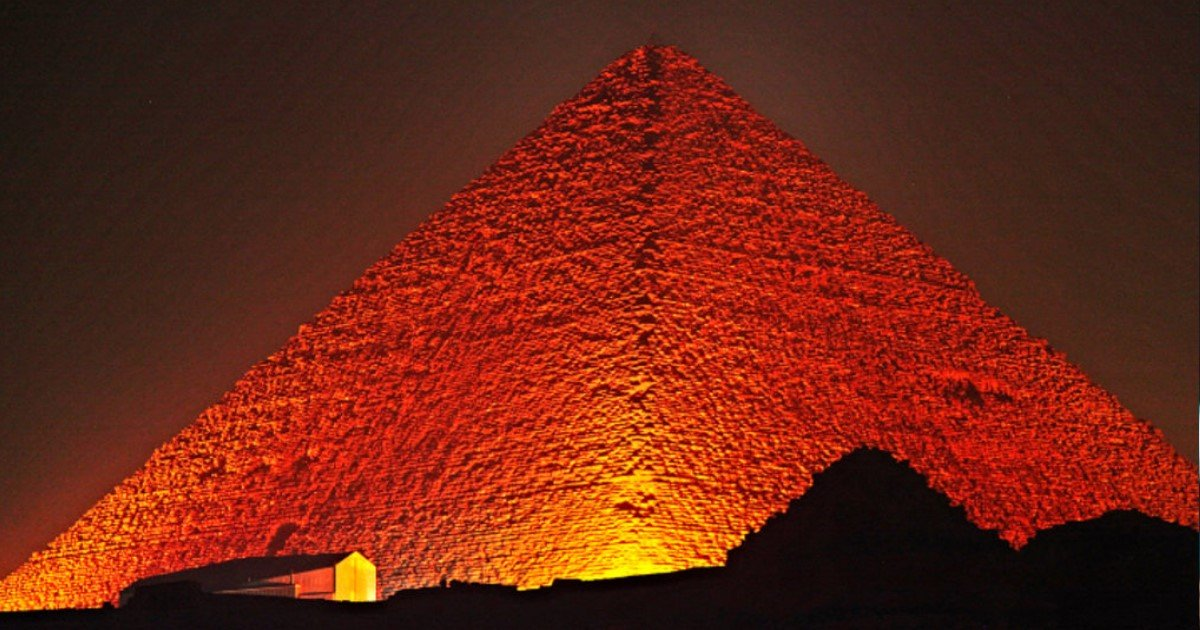 featured image 15.jpg?resize=412,275 - Scientists Made Incredible Discovery About The Great Pyramids Of Giza