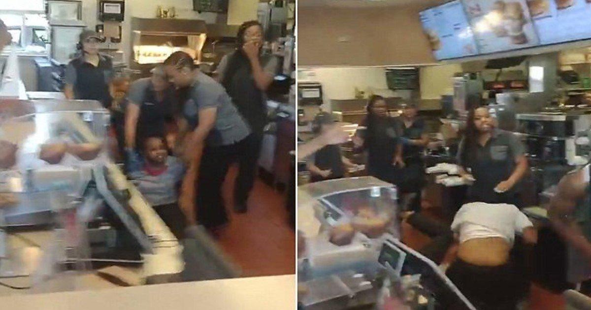featured image 21.jpg?resize=636,358 - Des images choquantes montrent une violente altercation à McDonald's, la seconde en quelques semaines.