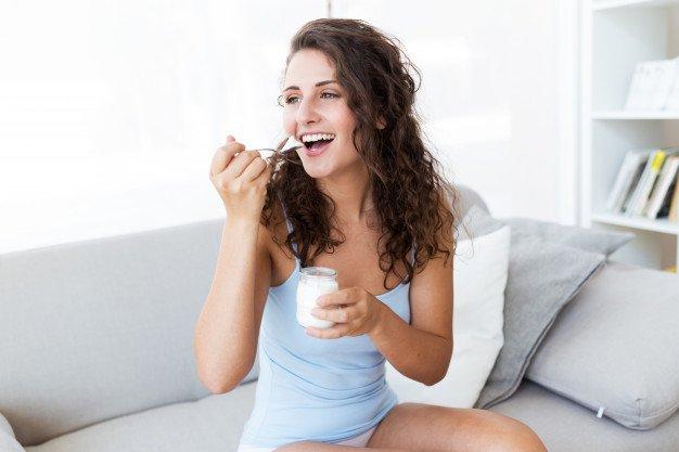 ヨーグルトを食べる에 대한 이미지 검색결과