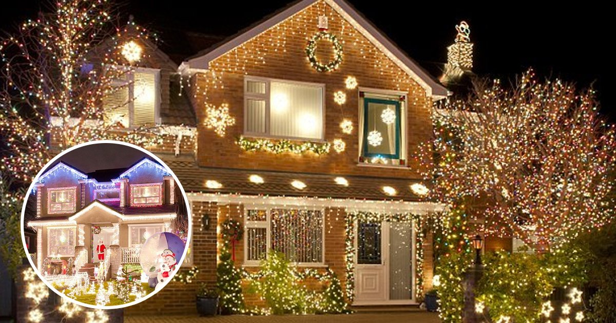 hahahah.jpg?resize=1200,630 - People Who Put Up Christmas Decorations Early Are Happier, Says Expert