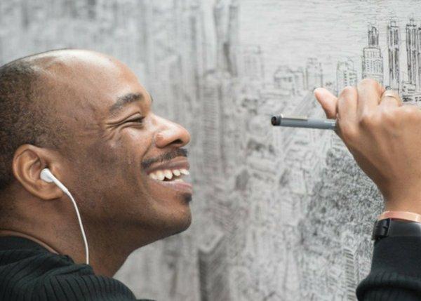 img 5b7ddbede4fe5 e1534975429380.png?resize=300,169 - 自閉畫家「只看一眼」就能畫出整個城市,超猛現場神作 網友驚嘆:「他是人肉照相機!」