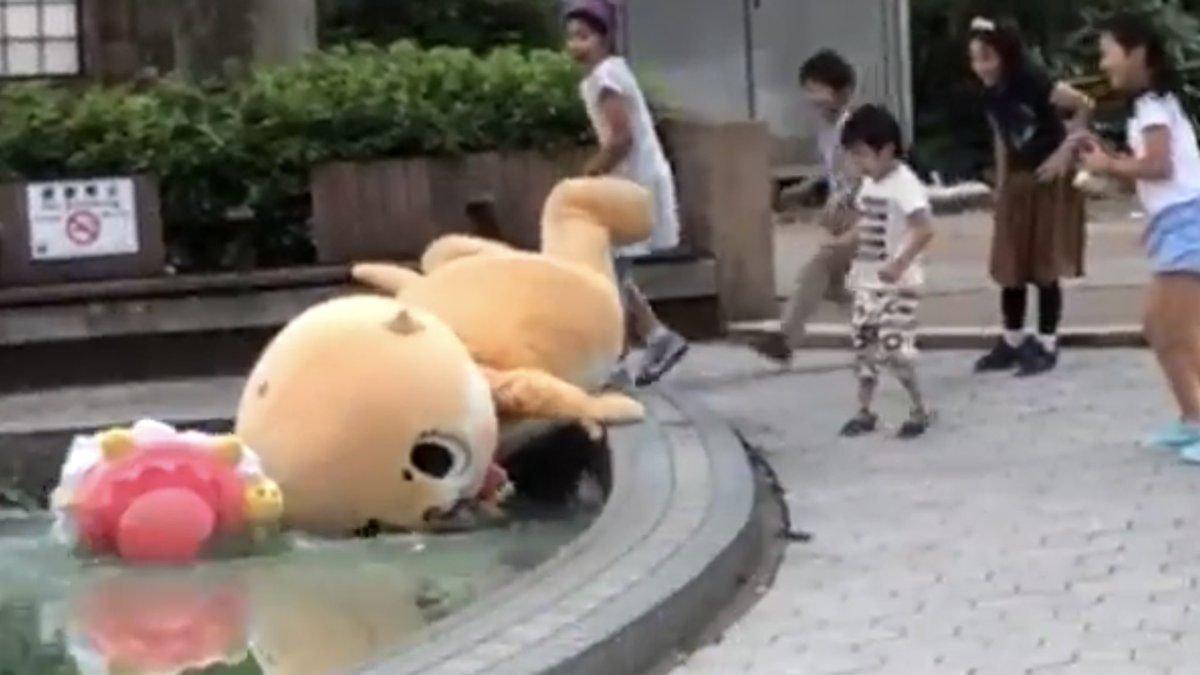 img 5b7f021808b36.png?resize=1200,630 - 日本最失敗吉祥物「做任何事都NG」用盡生命在表演...笑到流眼淚!