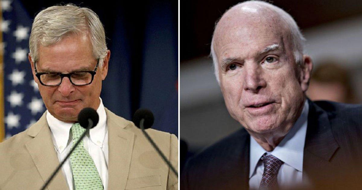 john mccain last words.jpg?resize=1200,630 - Les derniers mots du sénateur américain John McCain résonnent comme un dernier avertissement à la politique de Trump.
