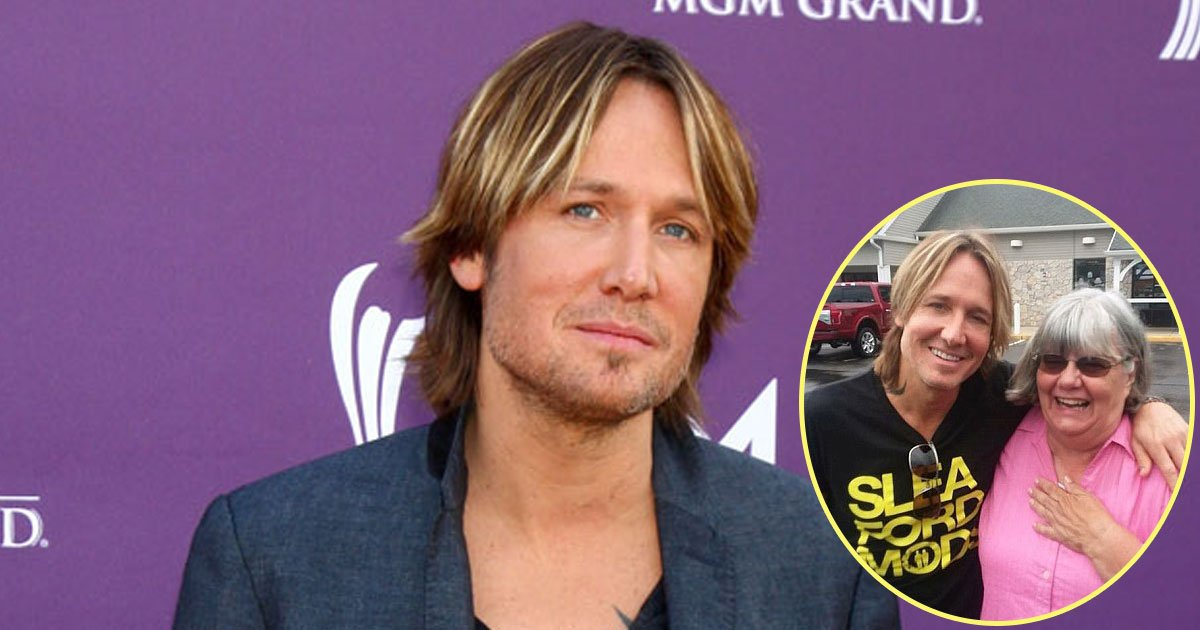 keith urban.jpg?resize=1200,630 - Woman Helps A Man Short On Cash To Pay For His Snacks Without Even Realizing He Is Keith Urban
