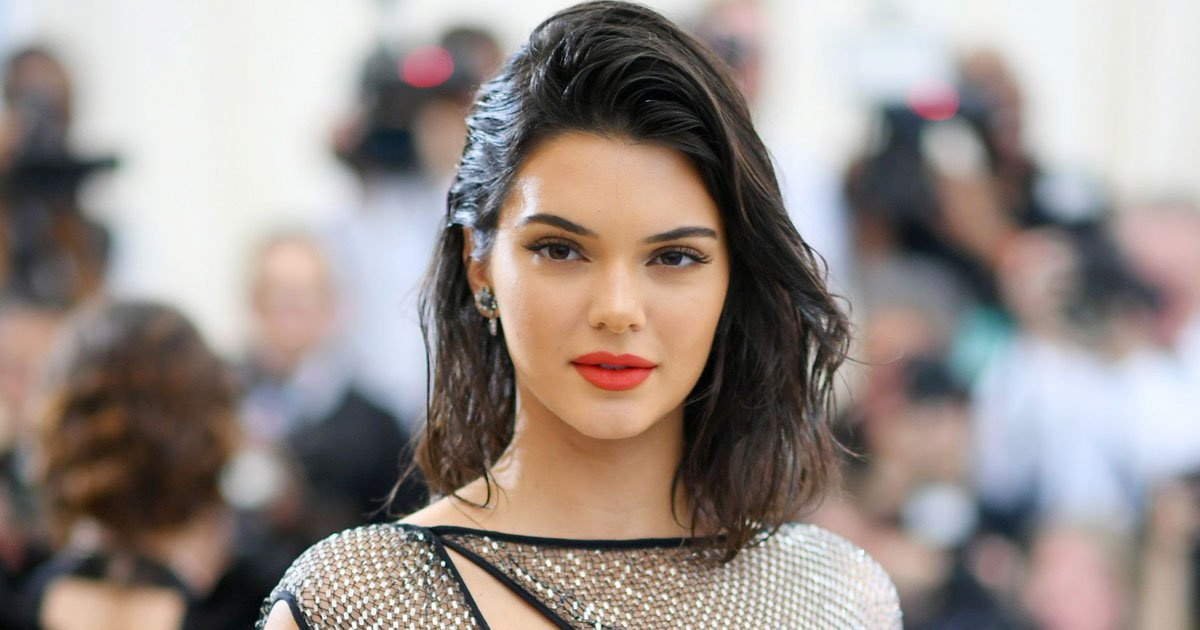 kendall jenner.jpg?resize=1200,630 - Kendall Jenner's Doberman Reportedly Bit A Small Child At A Restaurant And She Fled The Scene