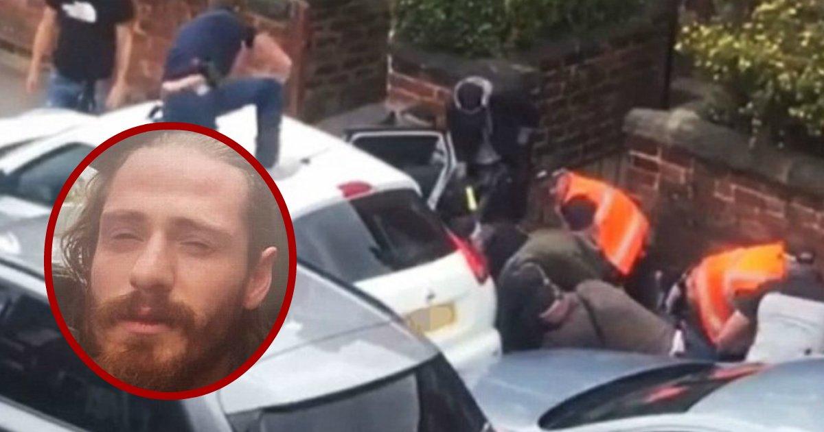 most wanted.jpg?resize=412,232 - La police a finalement capturé l'un des fugitifs britanniques les plus recherchés, en fuite depuis 18 mois