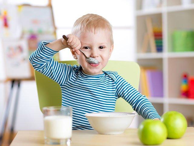 食事 子供에 대한 이미지 검색결과