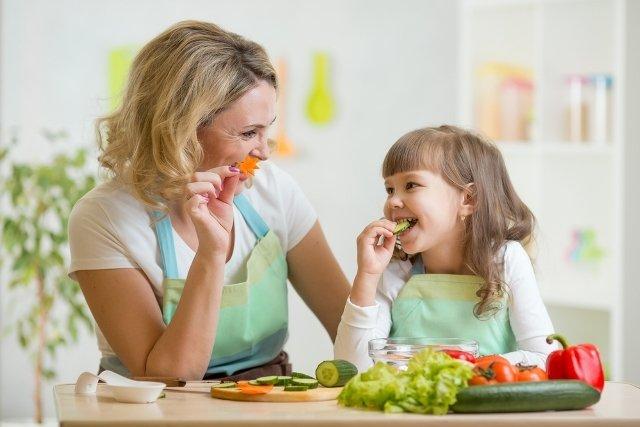 親子 食事 에 대한 이미지 검색결과