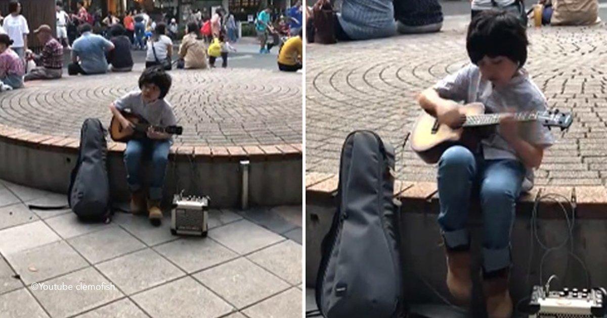 ukl.jpg?resize=1200,630 - Mostrando seu domínio tocando o ukulele, essa criança talentosa fez sucesso na internet