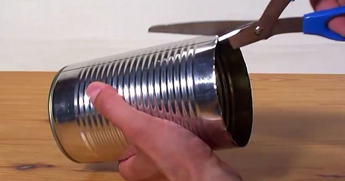 1 193.jpg?resize=1200,630 - 20 Genius Ways To Upcycle Old Tin Cans