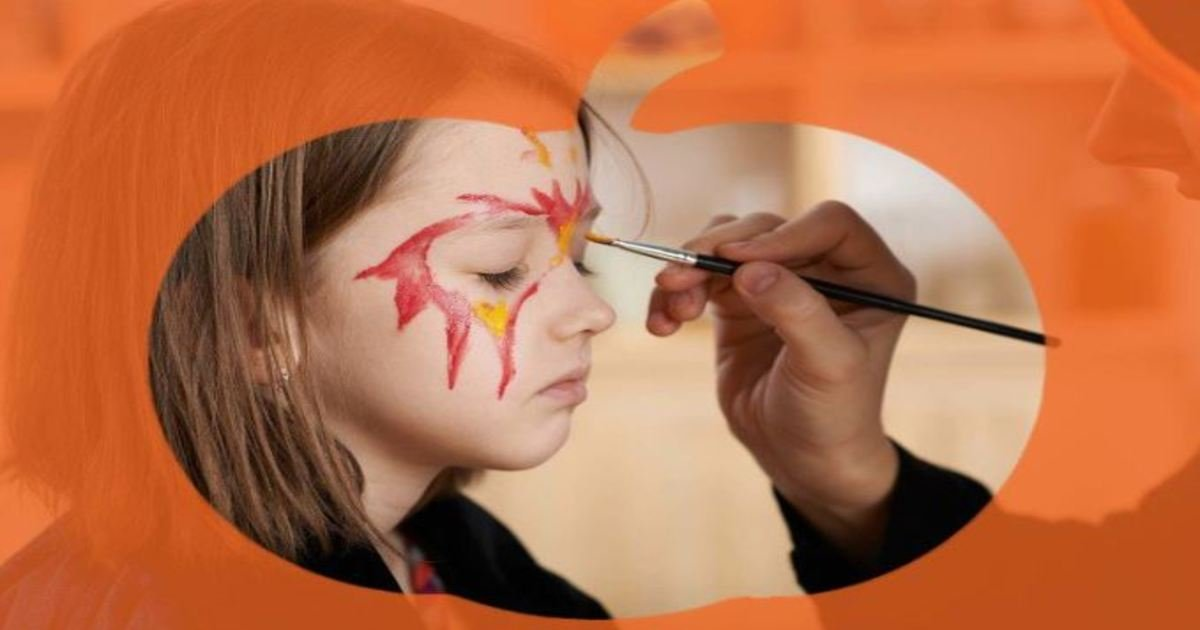 4 165.jpg?resize=1200,630 - 15 Trick-or-Treating Safety Tips Parents Need to Know