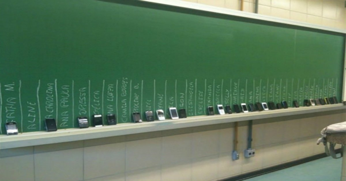 4 23.jpg?resize=636,358 - 30+ Funny Teachers Who Have A Twisted Sense Of Humor