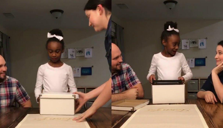 5b85c47b0769f.png?resize=1200,630 - Menina acha que vai ganhar um presente normal, mas descobre dentro de uma caixa que a sua vida mudou