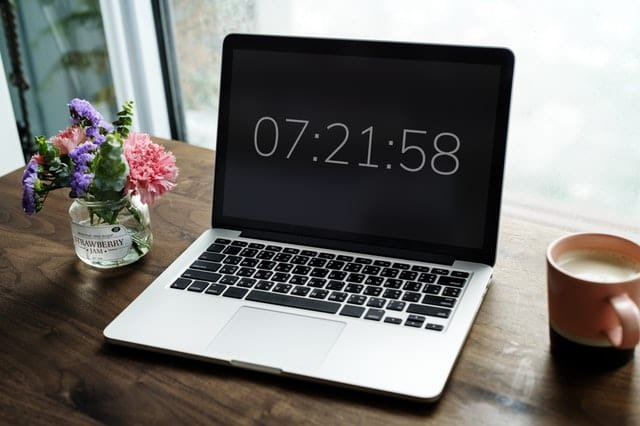Set deadlines for every taskand abide by them (Pexels)