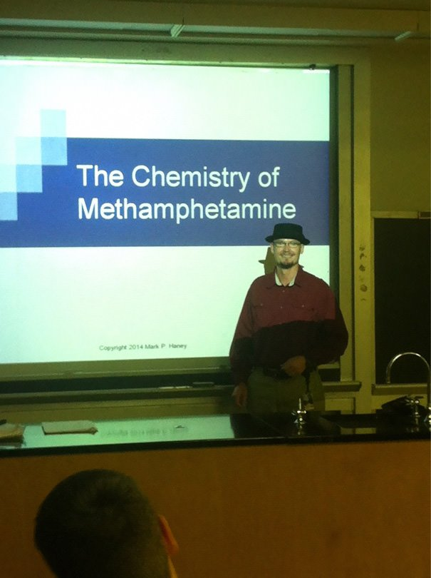 This Chemistry Professor Who Dressed Right For The Occasion