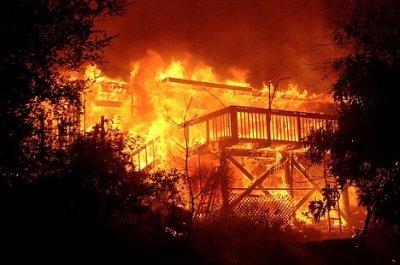 「火事」の画像検索結果