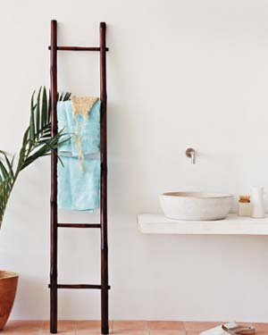 bathroom-towel-rack