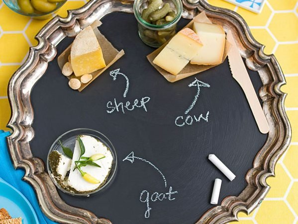 chalkboard-paint-serving-platter