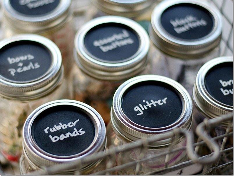mason-jar-lids-chalkboard-paint