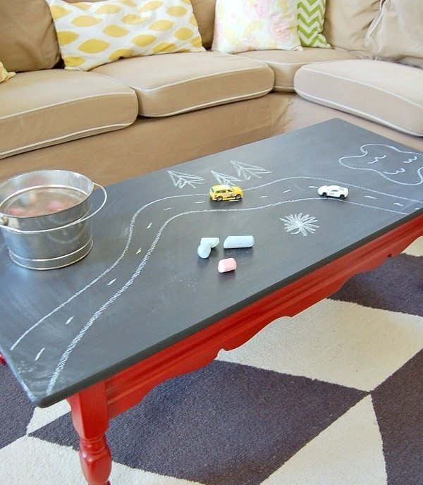 chalkboard-paint-coffee-table-2