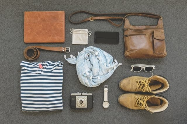 Picking outfits ahead of time would help you be on time (Pexels)