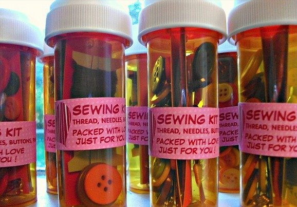 sewing-kits-pill-bottle