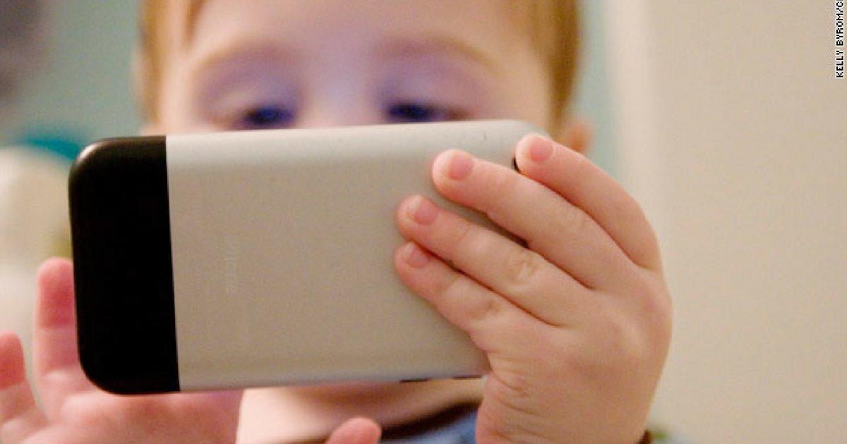 applle.png?resize=1200,630 - Mal que celular faz a crianças preocupa investidores da Apple