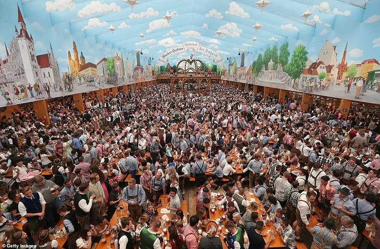 b1 19 1.jpg?resize=636,358 - More Than Six Million People Are Expected To Troop To The 185th Oktoberfest In Munich