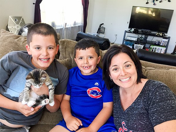 body 1 2.jpg?resize=636,358 - Família em luto encontra uma razão para sorrir através de dois gatinhos adotados