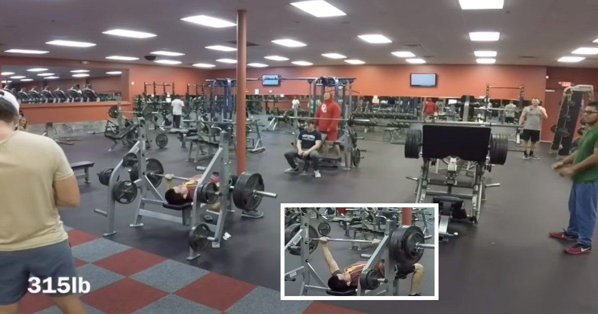 featured image 72.jpg?resize=636,358 - Ten Stone Guy Bench Presses 395lbs – And Gym Goers Are Blown Away By His Superhuman Strength